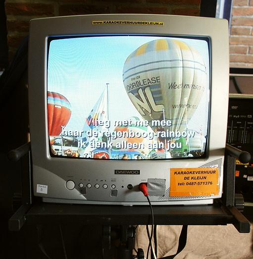 Karaokesetverhuur Arnhem  voor verhuur van Karaoke, Geluid en Zanginstallaties  Ook